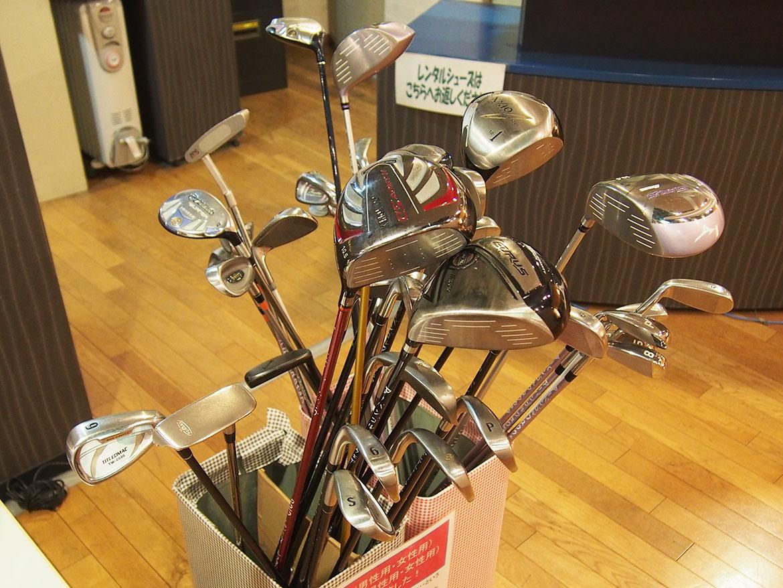 レンタルクラブ - 厚木インドアゴルフスクールアーバンゴルフスクウェア